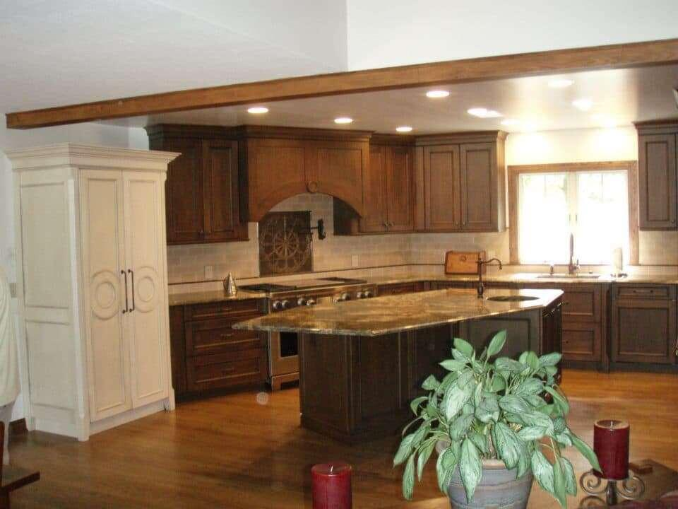 5 Reasons To Hire A Professional Kitchen Designer | Custom Cabinets  Cleveland